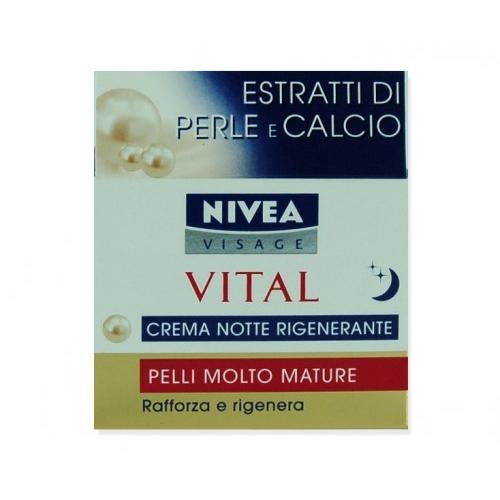 Nivea Crema Notte Per Il Viso Rigenerante Vital pelli molto mature 50 Ml
