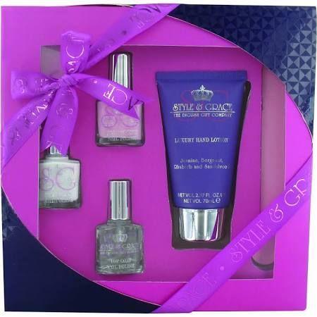 Style  Grace Mani Care Essentials Confezione Regalo 70ml Lozione Mani  8ml Top Coat  2 x 8ml Smalto  Lima