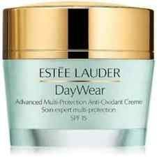 Estee Lauder DayWear Crema multiprotezione SPF15 Pelli normalimiste  50 ml