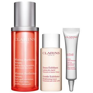 Clarins  Mission Perfection Confezione Regalo 30 ml Mission Perfection Siero  30 ml Gentle Exfoliating Brightening Tonico  10 ml Day Screen MultiProtezione Giornaliera SPF50